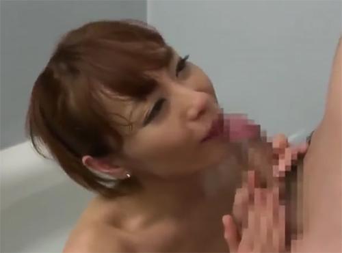 性欲そそる人妻が風呂場で隣人チンポに溺れるザーメン好き主婦sex動画