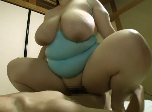 アダルトロリータ無料 ヘンリー巨漢デブ妻とガリ男の体格差セックス動画
